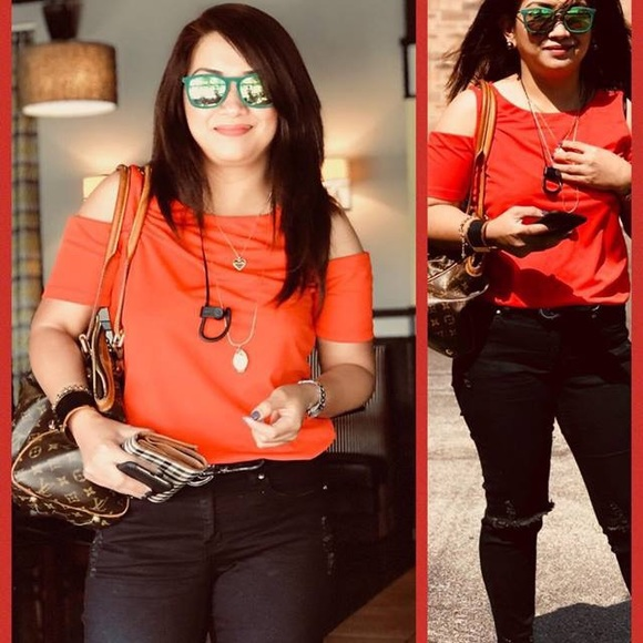 Louis Vuitton Handbags - Authentic Tivoli LV purse